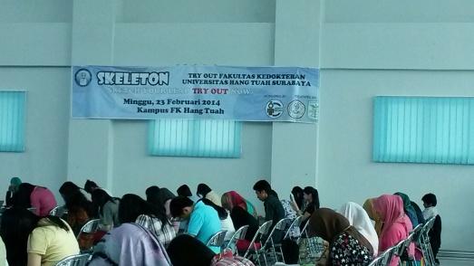 Smarta Medika sebagai penyusun soal dan pembahasan pada try out BEM FK UHT 2014